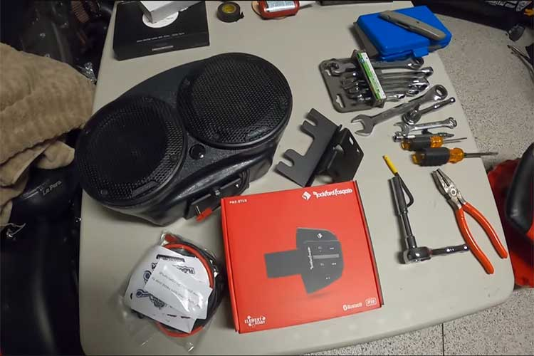 how to upgrade speakers on Harley Davidson