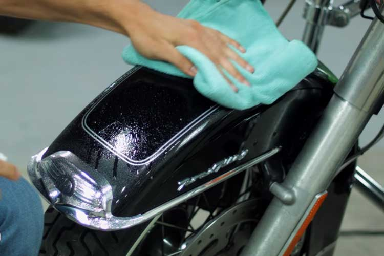 how to wax a motorcycle